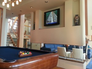 Custom-Flatscreen-Billiard-