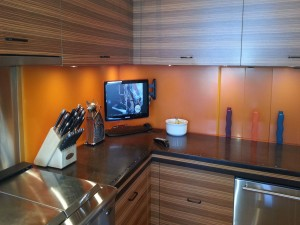 kitchen-flatscreen